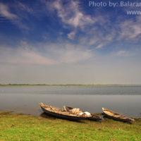 Fishing boat, Thapna beel