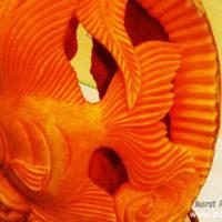 মিষ্টিকুমড়ার উপর carving করা মাছ