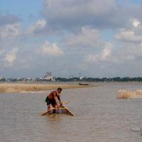 Winter Fishing at the River Padma, Rajshahi (পদ্মা নদীতে শীতকালীন মাছ শিকার)